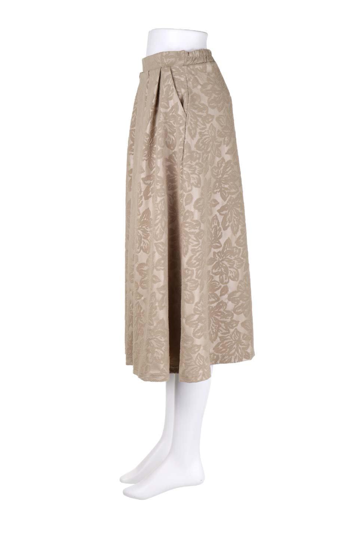 FloralEmbossingFlaredSpringSkirt花柄エンボス・フレアスカート大人カジュアルに最適な海外ファッションのothers(その他インポートアイテム)のボトムやスカート。花柄エンボス加工が印象的なミディスカート。大人気のスカートが春の新色を追加して新登場。/main-7