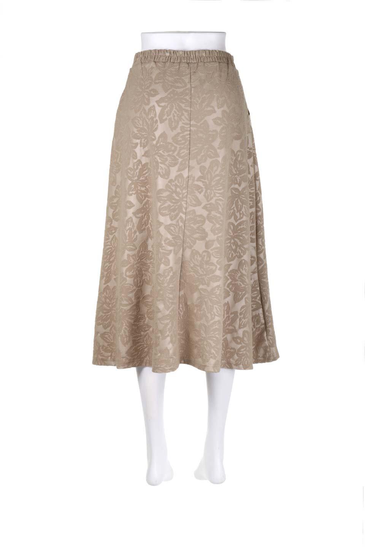 FloralEmbossingFlaredSpringSkirt花柄エンボス・フレアスカート大人カジュアルに最適な海外ファッションのothers(その他インポートアイテム)のボトムやスカート。花柄エンボス加工が印象的なミディスカート。大人気のスカートが春の新色を追加して新登場。/main-9