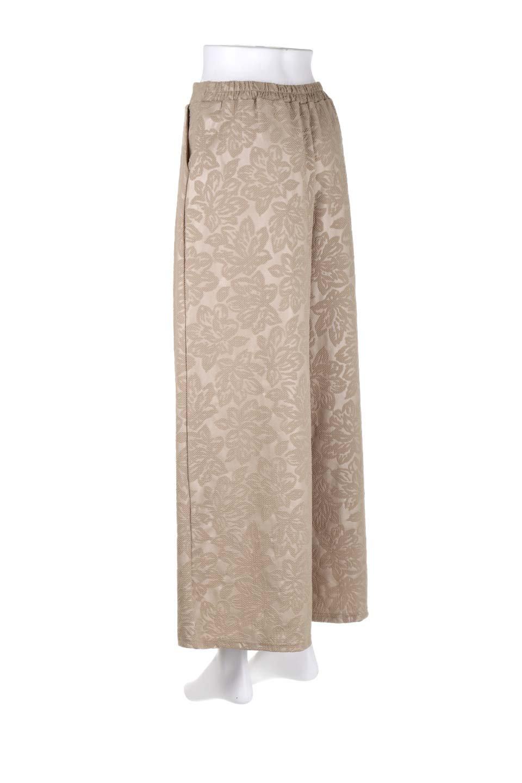 FloralEmbossingWideSpringPants花柄エンボス・ワイドパンツ大人カジュアルに最適な海外ファッションのothers(その他インポートアイテム)のボトムやパンツ。花柄エンボス加工が印象的なワイドパンツ。季節感のあるカラーリングと生地感が魅力のアイテム。/main-8