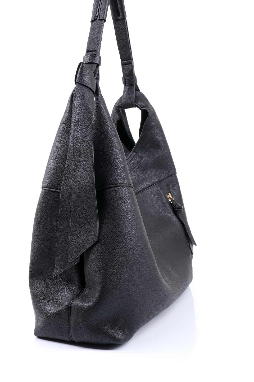 meliebiancoのClara(Black)ライトウェイト・ショルダーバッグ/海外ファッション好きにオススメのインポートバッグとかばん、MelieBianco(メリービアンコ)のバッグやショルダーバッグ。持ち手のリボンがポイントの軽量ショルダーバッグ。肩にかけたままスマートフォンなどを取り出しやすい縦のポケットがとても便利です。/main-5