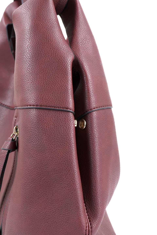 meliebiancoのClara(Burgundy)ライトウェイト・ショルダーバッグ/海外ファッション好きにオススメのインポートバッグとかばん、MelieBianco(メリービアンコ)のバッグやショルダーバッグ。持ち手のリボンがポイントの軽量ショルダーバッグ。肩にかけたままスマートフォンなどを取り出しやすい縦のポケットがとても便利です。/main-7