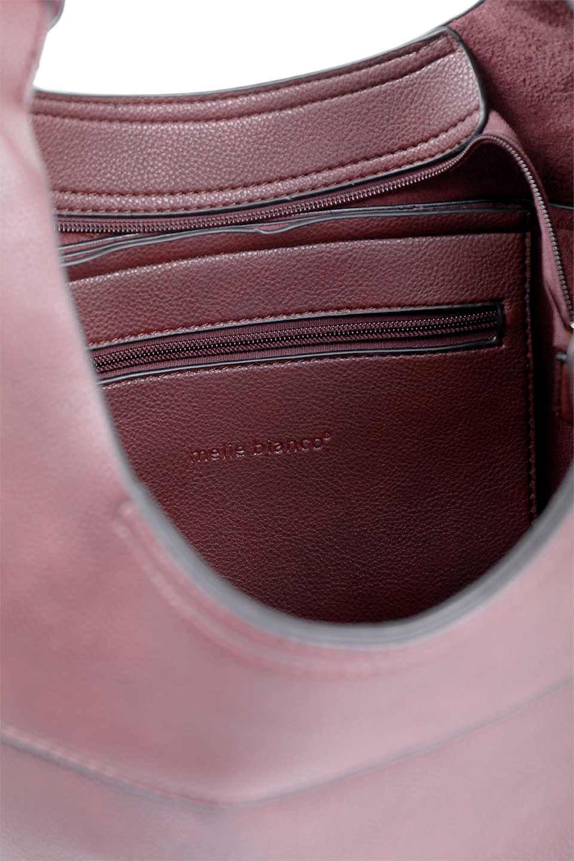 meliebiancoのClara(Burgundy)ライトウェイト・ショルダーバッグ/海外ファッション好きにオススメのインポートバッグとかばん、MelieBianco(メリービアンコ)のバッグやショルダーバッグ。持ち手のリボンがポイントの軽量ショルダーバッグ。肩にかけたままスマートフォンなどを取り出しやすい縦のポケットがとても便利です。/main-8