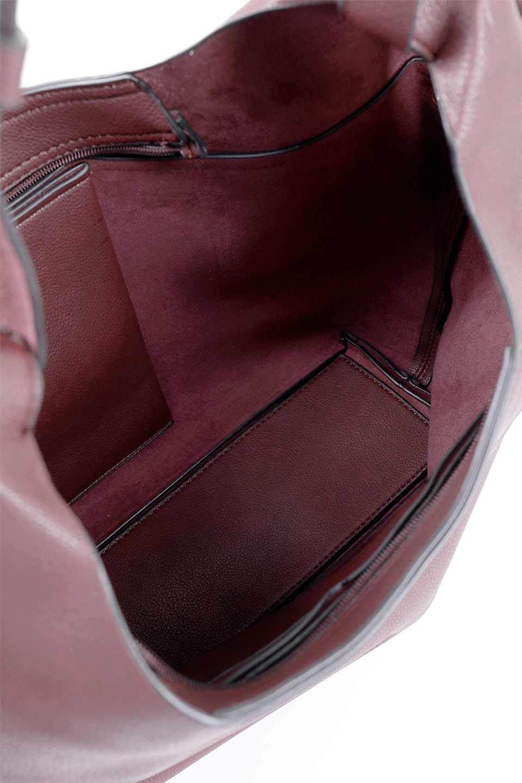 meliebiancoのClara(Burgundy)ライトウェイト・ショルダーバッグ/海外ファッション好きにオススメのインポートバッグとかばん、MelieBianco(メリービアンコ)のバッグやショルダーバッグ。持ち手のリボンがポイントの軽量ショルダーバッグ。肩にかけたままスマートフォンなどを取り出しやすい縦のポケットがとても便利です。/main-9