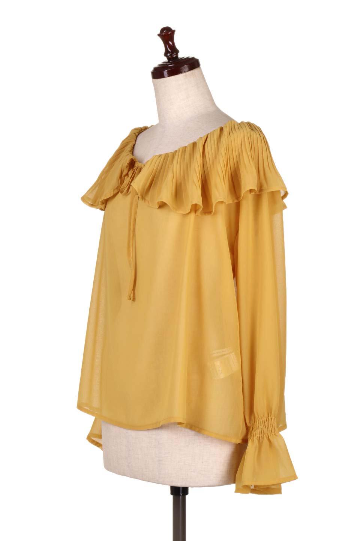 PleatedFrillCollarBlouseプリーツフリル・シフォンブラウス大人カジュアルに最適な海外ファッションのothers(その他インポートアイテム)のトップスやシャツ・ブラウス。プリーツ入りのフリルの襟がガーリーなシフォンブラウス。合わせやすい着丈の長さ可愛らしいキャンディースリーブもオススメポイント。/main-11