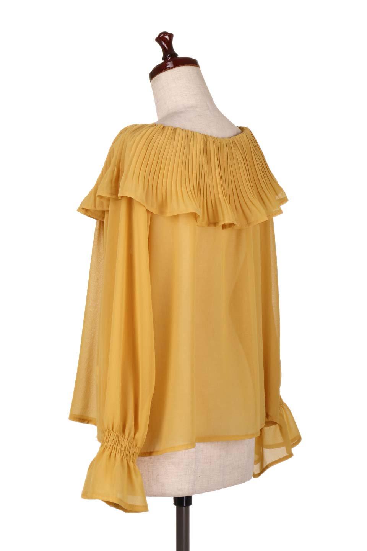 PleatedFrillCollarBlouseプリーツフリル・シフォンブラウス大人カジュアルに最適な海外ファッションのothers(その他インポートアイテム)のトップスやシャツ・ブラウス。プリーツ入りのフリルの襟がガーリーなシフォンブラウス。合わせやすい着丈の長さ可愛らしいキャンディースリーブもオススメポイント。/main-13