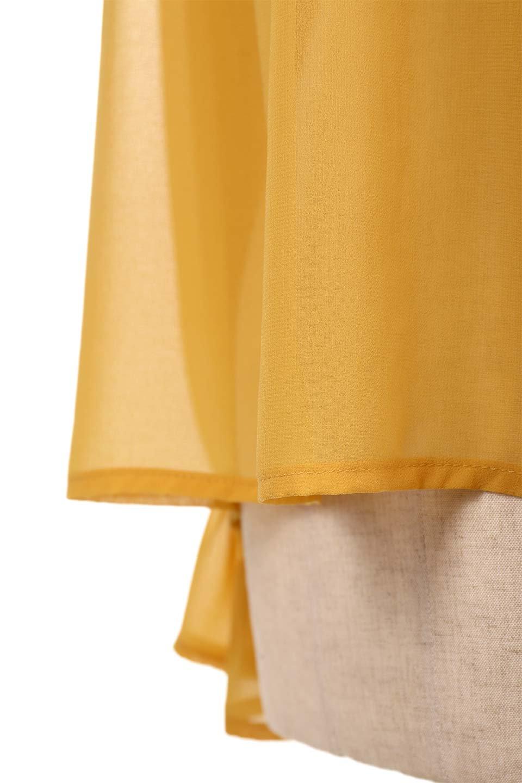 PleatedFrillCollarBlouseプリーツフリル・シフォンブラウス大人カジュアルに最適な海外ファッションのothers(その他インポートアイテム)のトップスやシャツ・ブラウス。プリーツ入りのフリルの襟がガーリーなシフォンブラウス。合わせやすい着丈の長さ可愛らしいキャンディースリーブもオススメポイント。/main-18