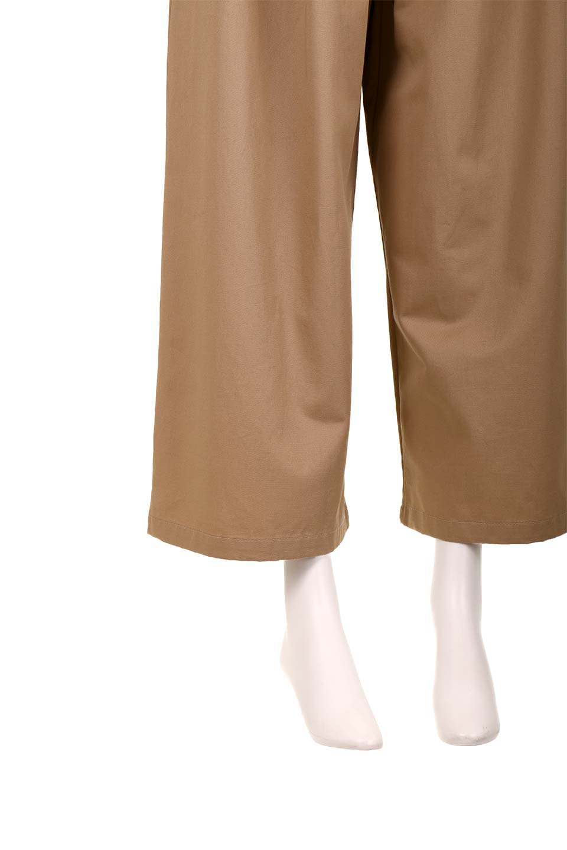 HighWaistRibbonWidePantsハイウエスト・リボンワイドパンツ大人カジュアルに最適な海外ファッションのothers(その他インポートアイテム)のボトムやパンツ。70'sテイストのコーデにピッタリなフレアパンツ。ピーチフェイス加工の優しい風合いなので、コテコテにならずイマ風にコーディネートが決まります。/main-18