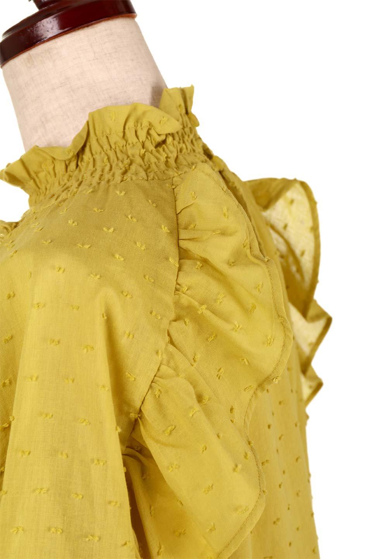 ShirringKneckFrillBlouseシャーリングネック・フリルブラウス大人カジュアルに最適な海外ファッションのothers(その他インポートアイテム)のトップスやシャツ・ブラウス。シャーリングの首もとが可愛いキャンディースリーブのブラウス。ネップが入った生地やシャーリングの首元、フリルが飾られたキャンディースリーブ・・・可愛いパーツが散りばめられたブラウスです。/main-18
