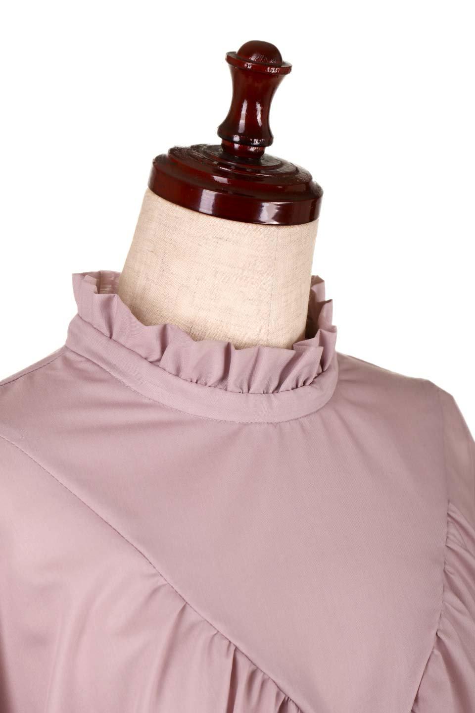 ShirringStandCollarBlouseシャーリングスタンドカラーブラウス大人カジュアルに最適な海外ファッションのothers(その他インポートアイテム)のトップスやシャツ・ブラウス。シャーリングのスタンドカラーが可愛いポイントのブラウス。胸元のVから広がるドレープでゆったりシルエットをデザインした春ブラウスです。/main-15