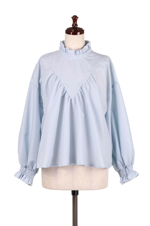 ShirringStandCollarBlouseシャーリングスタンドカラーブラウス大人カジュアルに最適な海外ファッションのothers(その他インポートアイテム)のトップスやシャツ・ブラウス。シャーリングのスタンドカラーが可愛いポイントのブラウス。胸元のVから広がるドレープでゆったりシルエットをデザインした春ブラウスです。/main-5