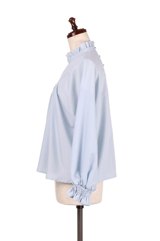 ShirringStandCollarBlouseシャーリングスタンドカラーブラウス大人カジュアルに最適な海外ファッションのothers(その他インポートアイテム)のトップスやシャツ・ブラウス。シャーリングのスタンドカラーが可愛いポイントのブラウス。胸元のVから広がるドレープでゆったりシルエットをデザインした春ブラウスです。/main-7