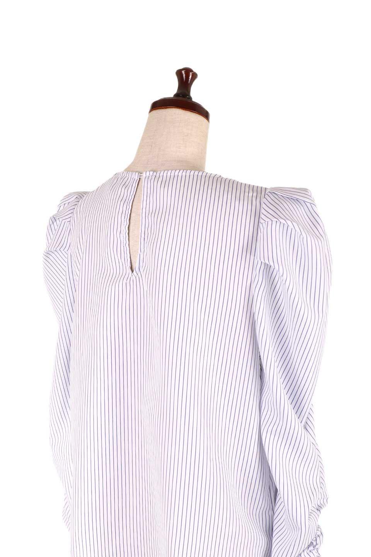 FlyingTomatoのRuchedSleevePin-StripedBlouseパフショルダー・ピンストライプブラウス/海外ファッション好きにオススメなFlyingTomato(フライングトマト)のトップスやシャツ・ブラウス。爽やかなピンストライプのブラウス。肩から袖口にかけてのディテールがとても可愛いブラウスです。/main-11