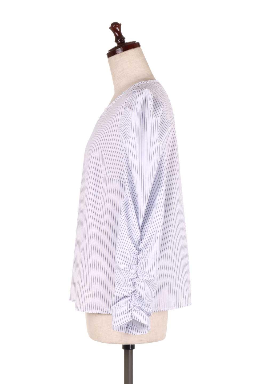 FlyingTomatoのRuchedSleevePin-StripedBlouseパフショルダー・ピンストライプブラウス/海外ファッション好きにオススメなFlyingTomato(フライングトマト)のトップスやシャツ・ブラウス。爽やかなピンストライプのブラウス。肩から袖口にかけてのディテールがとても可愛いブラウスです。/main-2