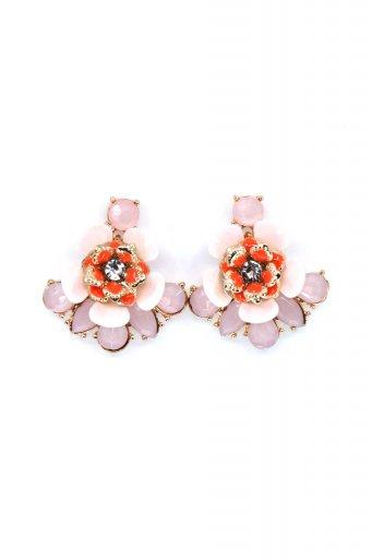 海外ファッションや大人カジュアルにオススメなインポートセレクトアイテムL.A.直輸入のPretty Flower Stud Earrings プリティーフラワー・スタッドピアス