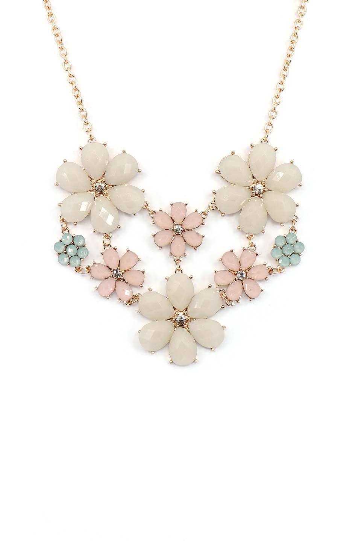 L.A.直輸入のFloralStatementNecklaceフラワーモチーフ・ネックレス大人カジュアルに最適な海外ファッションのothers(その他インポートアイテム)のアクセサリーやネックレス。花のモチーフが胸元を飾るネックレス。淡いカラーの花のペンダントが華やかに彩ります。