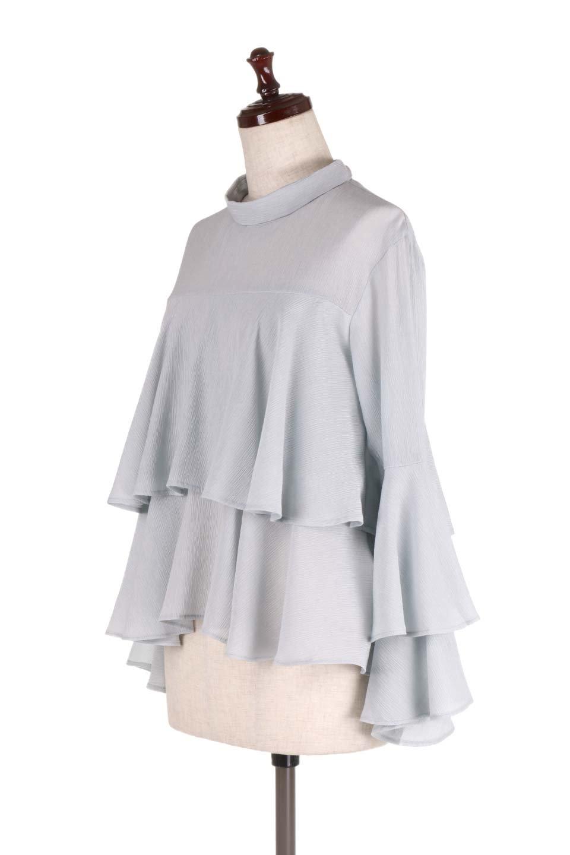 BellSleeveTieredBlouseベルスリーブ・ティアードブラウス大人カジュアルに最適な海外ファッションのothers(その他インポートアイテム)のトップスやシャツ・ブラウス。大きめに段を取ったフリルが特徴のブラウス。適度なショート丈で春っぽいコーディネートができます。/main-11