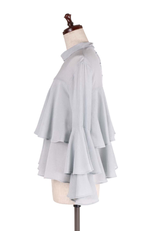 BellSleeveTieredBlouseベルスリーブ・ティアードブラウス大人カジュアルに最適な海外ファッションのothers(その他インポートアイテム)のトップスやシャツ・ブラウス。大きめに段を取ったフリルが特徴のブラウス。適度なショート丈で春っぽいコーディネートができます。/main-12