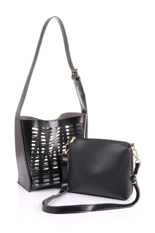 meliebiancoのMercer(Black)ポーチ付きパテントショルダーバッグ/海外ファッション好きにオススメのインポートバッグとかばん、MelieBianco(メリービアンコ)のバッグやショルダーバッグ。艶やかなパテントビーガンレザーを使用したショルダーバッグ。艶とメッシュの涼しげなバッグです。/main-15