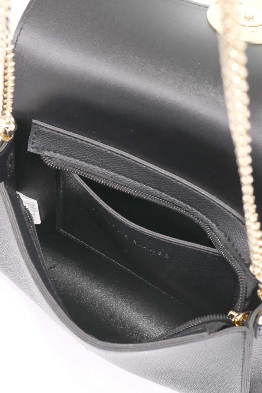meliebiancoのElsa(Black)2WAYショルダーバッグ/海外ファッション好きにオススメのインポートバッグとかばん、MelieBianco(メリービアンコ)のバッグやショルダーバッグ。ストラップを取り外してクラッチバッグにもなる2WAYショルダーバッグ。スマホと流行のミニ財布でお出かけするときにピッタリなショルダーバッグです。/main-13
