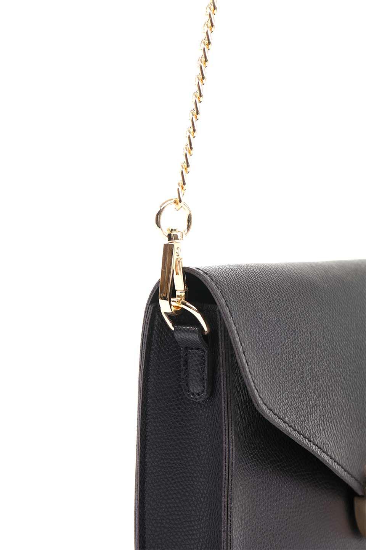 meliebiancoのElsa(Black)2WAYショルダーバッグ/海外ファッション好きにオススメのインポートバッグとかばん、MelieBianco(メリービアンコ)のバッグやショルダーバッグ。ストラップを取り外してクラッチバッグにもなる2WAYショルダーバッグ。スマホと流行のミニ財布でお出かけするときにピッタリなショルダーバッグです。/main-9