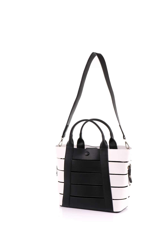 meliebiancoのCamille(Black)ポーチ付き・バイカラートートバッグ/海外ファッション好きにオススメのインポートバッグとかばん、MelieBianco(メリービアンコ)のバッグやトートバッグ。便利なインナーバッグが付いた涼しげなトートバッグ。ボーダー柄にも見えるシースルーのデザインがとても可愛いバッグです。/main-8