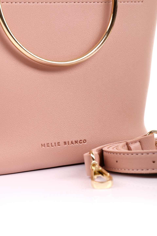 meliebiancoのMakenzie(Blush)ラウンドスタッズ付・リングハンドバッグ/海外ファッション好きにオススメのインポートバッグとかばん、MelieBianco(メリービアンコ)のバッグやハンドバッグ。大きめのラウンドスタッズが可愛いリングバッグ。小ぶりなサイズ感にゴールドのリングハンドルが可愛いバッグです。/main-10