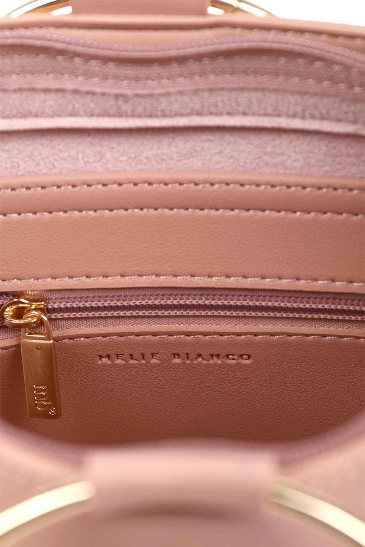 meliebiancoのMakenzie(Blush)ラウンドスタッズ付・リングハンドバッグ/海外ファッション好きにオススメのインポートバッグとかばん、MelieBianco(メリービアンコ)のバッグやハンドバッグ。大きめのラウンドスタッズが可愛いリングバッグ。小ぶりなサイズ感にゴールドのリングハンドルが可愛いバッグです。/main-11