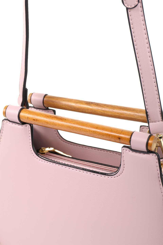 meliebiancoのIrene(Lavender)ウッドハンドル・ラウンドバッグ/海外ファッション好きにオススメのインポートバッグとかばん、MelieBianco(メリービアンコ)のバッグやハンドバッグ。木製の持ち手がシックで可愛いショルダータイプのラウンドバッグ。小ぶりに見えますがマチ幅もあり見た目以上の収納力があります。/main-10