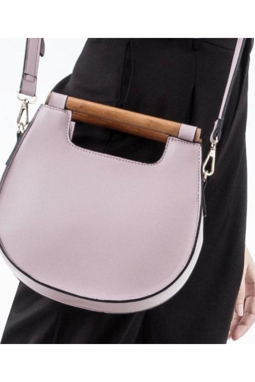 meliebiancoのIrene(Lavender)ウッドハンドル・ラウンドバッグ/海外ファッション好きにオススメのインポートバッグとかばん、MelieBianco(メリービアンコ)のバッグやハンドバッグ。木製の持ち手がシックで可愛いショルダータイプのラウンドバッグ。小ぶりに見えますがマチ幅もあり見た目以上の収納力があります。/main-5