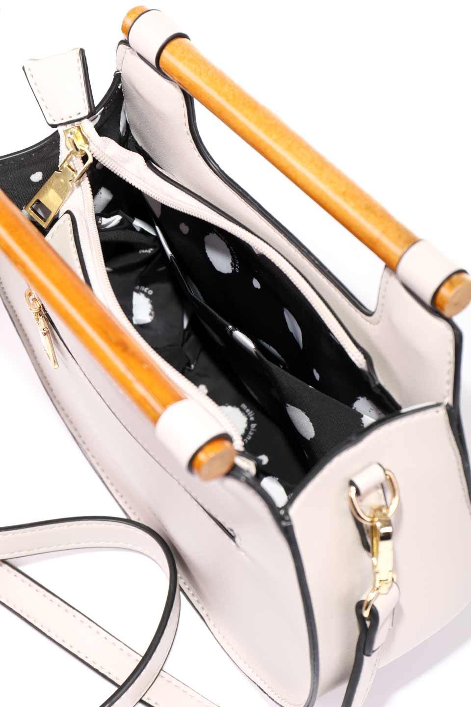 meliebiancoのIrene(Bone)ウッドハンドル・ラウンドバッグ/海外ファッション好きにオススメのインポートバッグとかばん、MelieBianco(メリービアンコ)のバッグやハンドバッグ。木製の持ち手がシックで可愛いショルダータイプのラウンドバッグ。小ぶりに見えますがマチ幅もあり見た目以上の収納力があります。/main-15