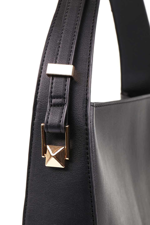 meliebiancoのEmery(Black)スクエアシルエット・ハンドバッグ/海外ファッション好きにオススメのインポートバッグとかばん、MelieBianco(メリービアンコ)のバッグやハンドバッグ。スッキリデザインのシンプルハンドバッグ。iPadなら縦でも横でもOK。/main-10