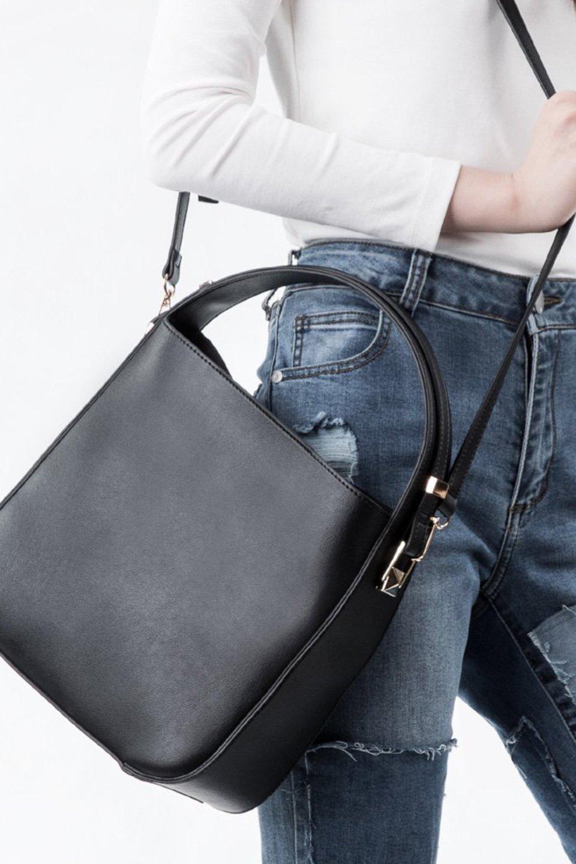 meliebiancoのEmery(Black)スクエアシルエット・ハンドバッグ/海外ファッション好きにオススメのインポートバッグとかばん、MelieBianco(メリービアンコ)のバッグやハンドバッグ。スッキリデザインのシンプルハンドバッグ。iPadなら縦でも横でもOK。/main-5