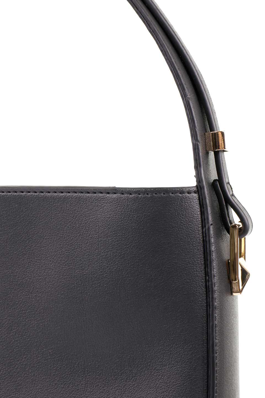 meliebiancoのEmery(Black)スクエアシルエット・ハンドバッグ/海外ファッション好きにオススメのインポートバッグとかばん、MelieBianco(メリービアンコ)のバッグやハンドバッグ。スッキリデザインのシンプルハンドバッグ。iPadなら縦でも横でもOK。/main-8