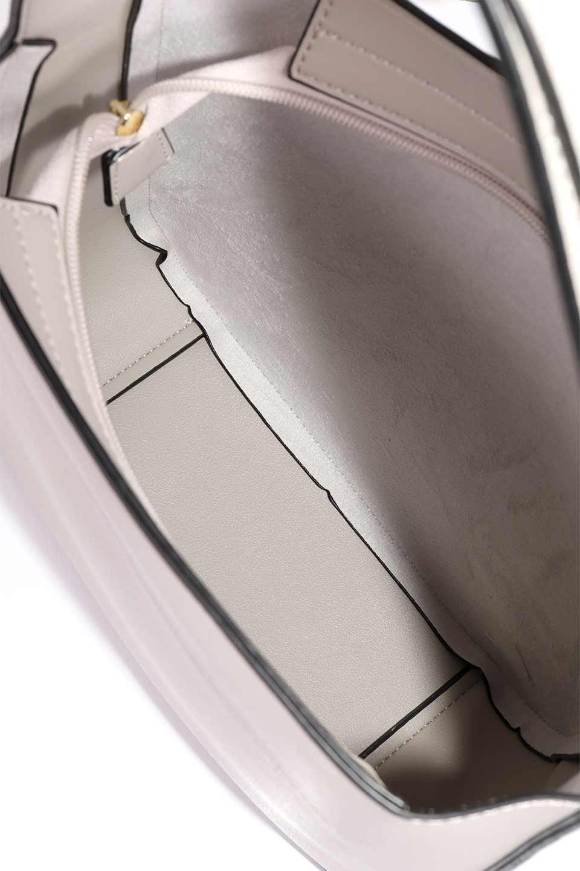 meliebiancoのEmery(Bone)スクエアシルエット・ハンドバッグ/海外ファッション好きにオススメのインポートバッグとかばん、MelieBianco(メリービアンコ)のバッグやハンドバッグ。スッキリデザインのシンプルハンドバッグ。iPadなら縦でも横でもOK。/main-13