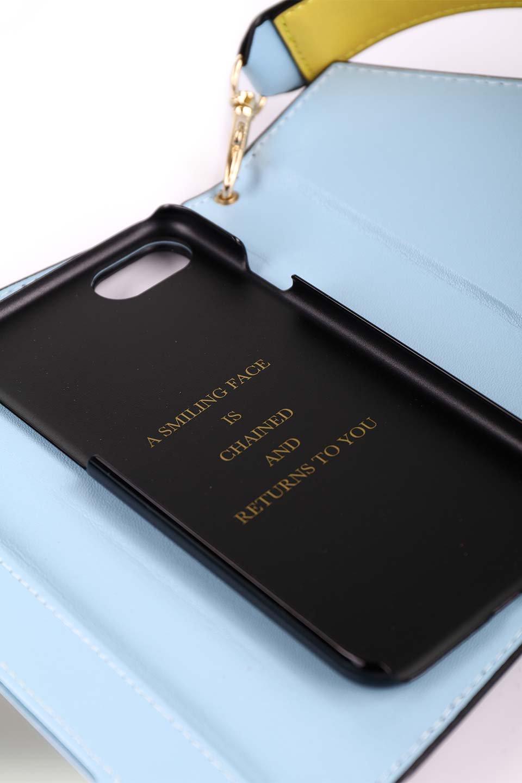 STARRYのFunctionalCase(Black)//foriPhone8,7,6s,6/iPhoneケースのレディースブランド、STARRY(スターリー)のテックアクセサリーや。STARRYの中でも人気のシルエットをアップデートしたスマホケース。内側と外側の色のコンビネーションが可愛いデザインです。/main-16