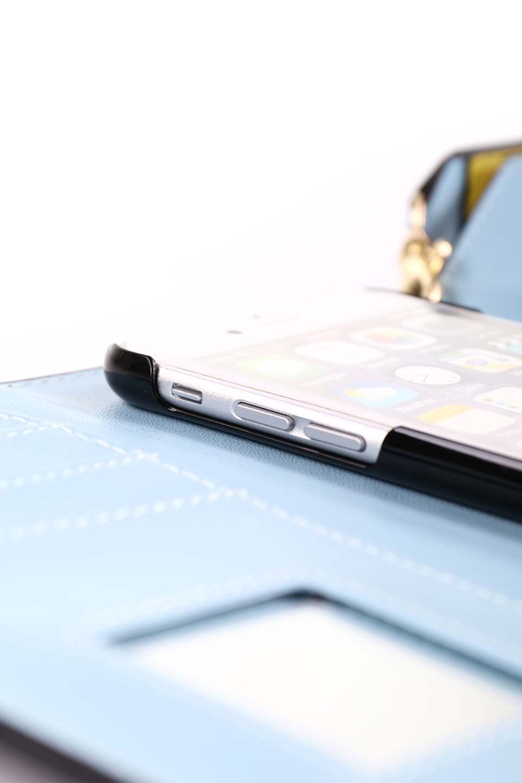 STARRYのFunctionalCase(Black)//foriPhone8,7,6s,6/iPhoneケースのレディースブランド、STARRY(スターリー)のテックアクセサリーや。STARRYの中でも人気のシルエットをアップデートしたスマホケース。内側と外側の色のコンビネーションが可愛いデザインです。/main-19