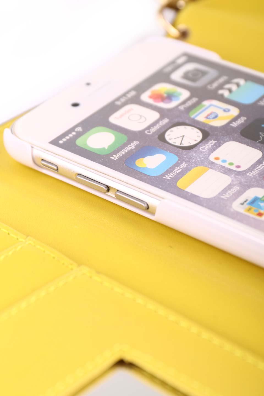 STARRYのFunctionalCase(Camel)//foriPhone8,7,6s,6/iPhoneケースのレディースブランド、STARRY(スターリー)のテックアクセサリーや。STARRYの中でも人気のシルエットをアップデートしたスマホケース。内側と外側の色のコンビネーションが可愛いデザインです。/main-23