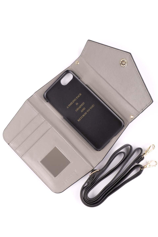 STARRYのSimple+(Black)//foriPhoneX,8,7,6s,6/iPhoneケースのレディースブランド、STARRY(スターリー)のテックアクセサリーや。モダンなデザインで大人っぽさを感じるiPhoneケース。ブラックは艶やかなエコレザーを、カーキはシックなベロア調の素材を使用しています。/main-11