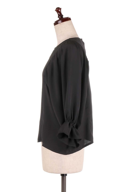 CandySleeveGatheredBlouseキャンディースリーブ・ギャザーブラウス大人カジュアルに最適な海外ファッションのothers(その他インポートアイテム)のトップスやシャツ・ブラウス。ギャザーでドレープ感を強調させたキャンディースリーブの7分袖ブラウス。ソフトなジョーゼット生地を2枚重ねた着心地の良いブラウスです。/main-17
