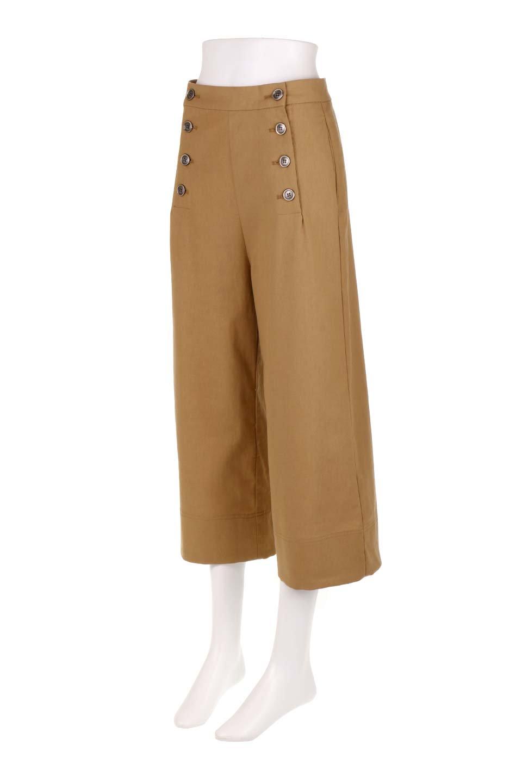WideLegSailorPantsワイドレッグ・セイラーパンツ大人カジュアルに最適な海外ファッションのothers(その他インポートアイテム)のボトムやパンツ。フロントのボタンが可愛いセイラーパンツ。毎年人気のマリン系のコーデで大活躍間違いなしの人気アイテム。/main-6