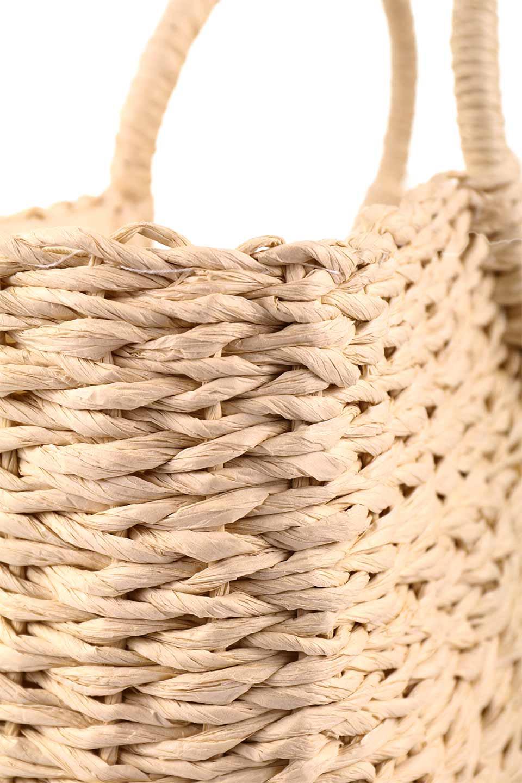 meliebiancoのErin(Natural)半円型かごバッグ/海外ファッション好きにオススメのインポートバッグとかばん、MelieBianco(メリービアンコ)のバッグやその他。真夏の太陽が恋しくなるようなオシャレなかごバッグ。持ち手から延びる放射状の網目が目を引きます。/main-12