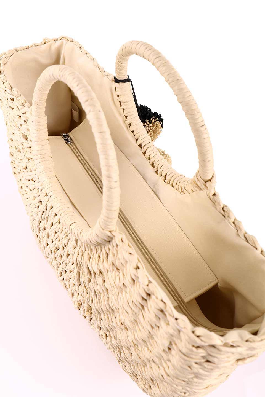 meliebiancoのErin(Natural)半円型かごバッグ/海外ファッション好きにオススメのインポートバッグとかばん、MelieBianco(メリービアンコ)のバッグやその他。真夏の太陽が恋しくなるようなオシャレなかごバッグ。持ち手から延びる放射状の網目が目を引きます。/main-16