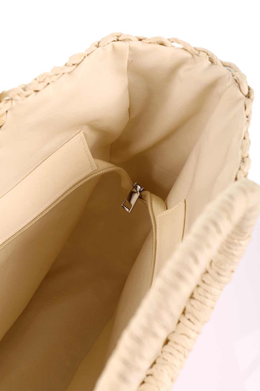 meliebiancoのErin(Natural)半円型かごバッグ/海外ファッション好きにオススメのインポートバッグとかばん、MelieBianco(メリービアンコ)のバッグやその他。真夏の太陽が恋しくなるようなオシャレなかごバッグ。持ち手から延びる放射状の網目が目を引きます。/main-20