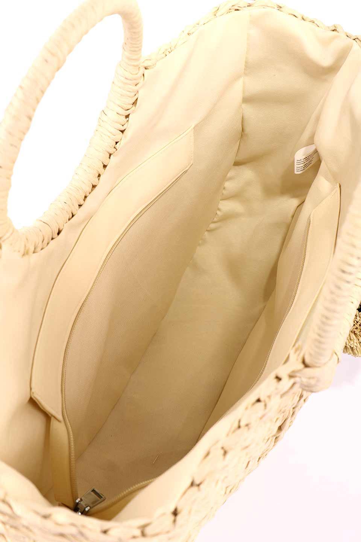 meliebiancoのErin(Natural)半円型かごバッグ/海外ファッション好きにオススメのインポートバッグとかばん、MelieBianco(メリービアンコ)のバッグやその他。真夏の太陽が恋しくなるようなオシャレなかごバッグ。持ち手から延びる放射状の網目が目を引きます。/main-21