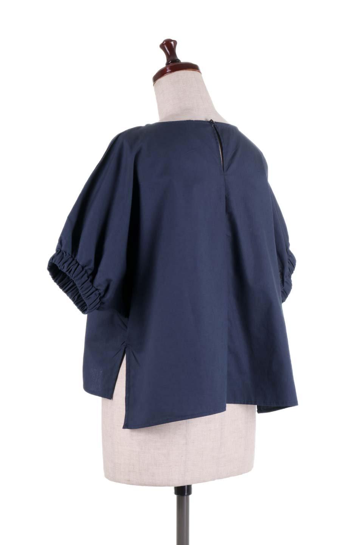DolmanWideBlouseドルマンスリーブ・ワイドブラウス大人カジュアルに最適な海外ファッションのothers(その他インポートアイテム)のトップスやシャツ・ブラウス。張りのあるしっかりした生地のドルマンスリーブブラウス。スクエアデザインのゆったりシルエットで体系を問わず楽しめるアイテムです。/main-13