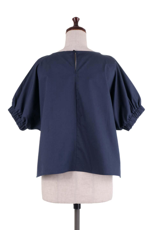 DolmanWideBlouseドルマンスリーブ・ワイドブラウス大人カジュアルに最適な海外ファッションのothers(その他インポートアイテム)のトップスやシャツ・ブラウス。張りのあるしっかりした生地のドルマンスリーブブラウス。スクエアデザインのゆったりシルエットで体系を問わず楽しめるアイテムです。/main-14