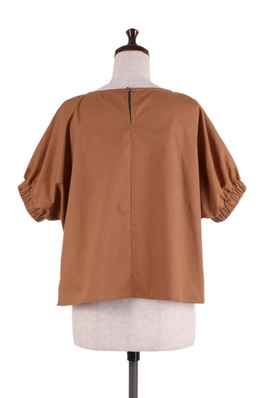 DolmanWideBlouseドルマンスリーブ・ワイドブラウス大人カジュアルに最適な海外ファッションのothers(その他インポートアイテム)のトップスやシャツ・ブラウス。張りのあるしっかりした生地のドルマンスリーブブラウス。スクエアデザインのゆったりシルエットで体系を問わず楽しめるアイテムです。/main-9