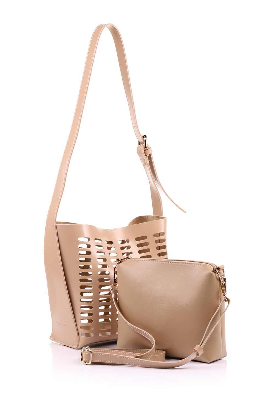 meliebiancoのMercer(Nude)ポーチ付きパテントショルダーバッグ/海外ファッション好きにオススメのインポートバッグとかばん、MelieBianco(メリービアンコ)のバッグやショルダーバッグ。艶やかなパテントビーガンレザーを使用したショルダーバッグ。艶とメッシュの涼しげなバッグです。/main-8