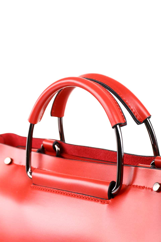 meliebiancoのBlanche(Red)グロスレザー・3WAYハンドバッグ/海外ファッション好きにオススメのインポートバッグとかばん、MelieBianco(メリービアンコ)のバッグやハンドバッグ。しっとりとしたグロスタイプのビーガンレザーを使用した高級感あふれるハンドバッグ。予約の時より店頭で実物をご覧になった方達に人気があるバッグです。/main-11