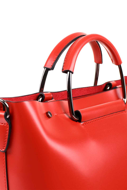 meliebiancoのBlanche(Red)グロスレザー・3WAYハンドバッグ/海外ファッション好きにオススメのインポートバッグとかばん、MelieBianco(メリービアンコ)のバッグやハンドバッグ。しっとりとしたグロスタイプのビーガンレザーを使用した高級感あふれるハンドバッグ。予約の時より店頭で実物をご覧になった方達に人気があるバッグです。/main-12